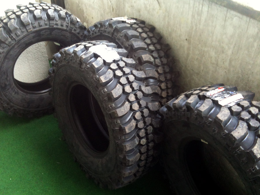 Insa Turbo Special Track 235 75 R15